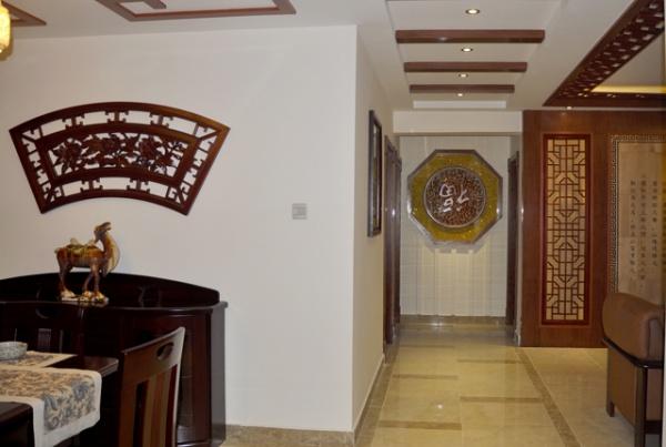 中国风 舒适 小资 中式 中式古典 玄关图片来自北京合建装饰在优雅中式二居的分享