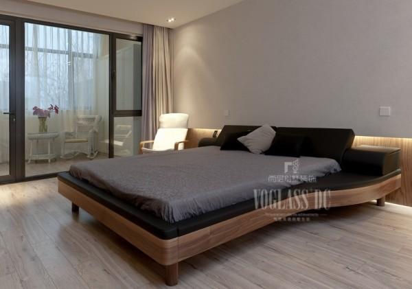 卧室的设计同样十分精彩,并没有多余的储物空间,一张床,一把椅子,就完全展现了业主的生活态度!