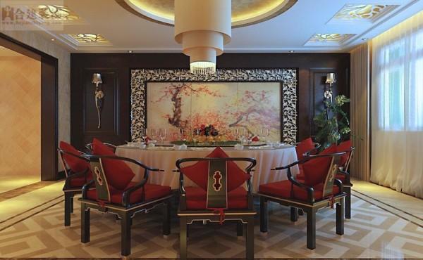 以宫廷建筑为代表的中国古典建筑的室内装饰设计艺术风格,气势恢弘、壮丽华贵、高空间、大进深、雕梁画栋、金碧辉煌,造型讲究对称,色彩讲究对比装饰材料以木材为主,图案多龙、凤、龟、狮等,精雕细琢、瑰丽奇巧。
