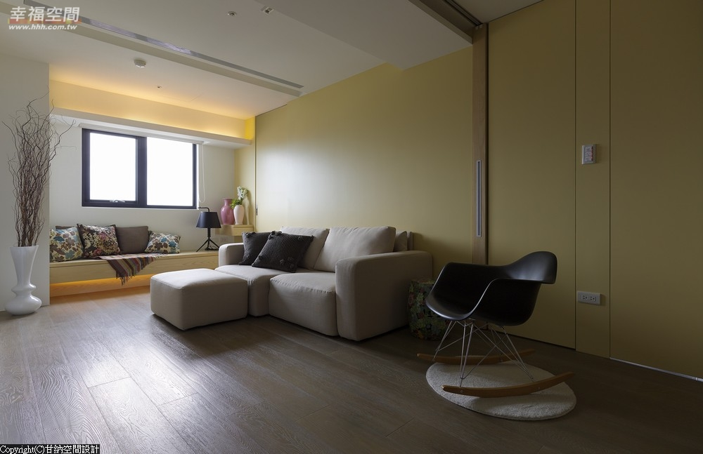 现代 乡村 混搭 简约 三居 北欧 两户 卧室图片来自幸福空间在浪漫简约215平北欧居的分享