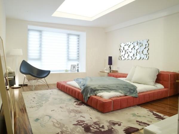 落地式的大床看起来就很舒服