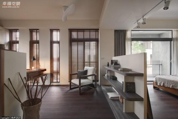 品尝生活中的小确幸、构筑居家内的小天地,设计师注入家的生活感让空间更加温馨。