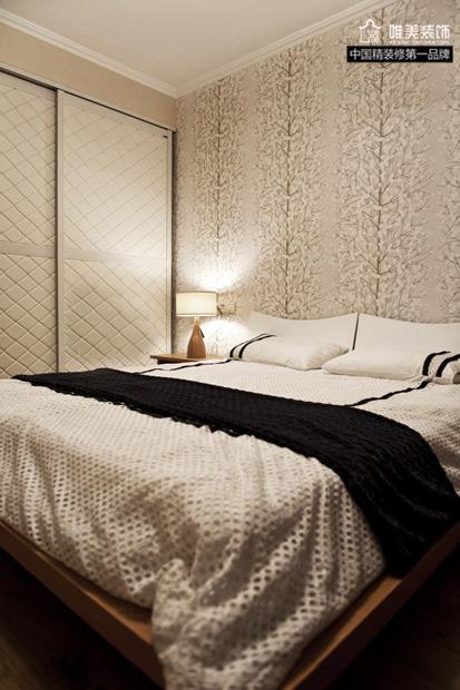 简约 三居 卧室图片来自唯美装饰在玫瑰湾素净淡雅3居的分享