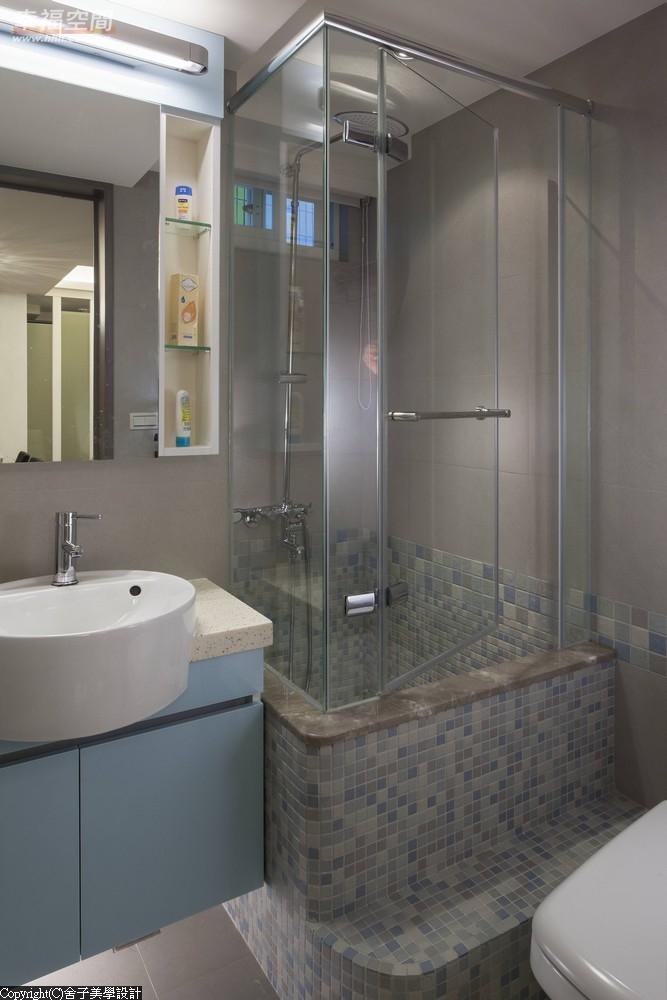 旧房改造 时尚 木地板 二居 当代 现代 混搭 收纳 卫生间图片来自幸福空间在真实体验70m²幸福温度的分享