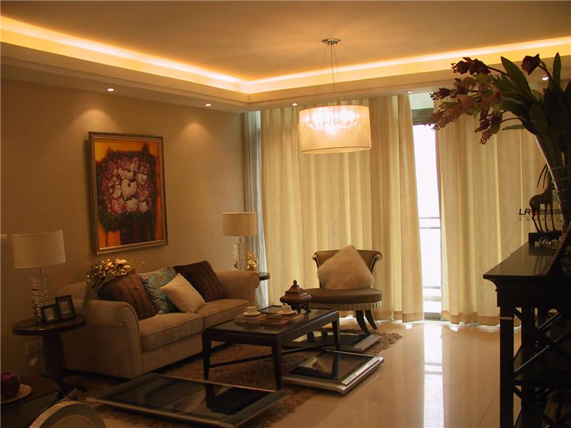 客厅图片来自朗润装饰工程有限公司在86平米色温馨浪漫小居室的分享