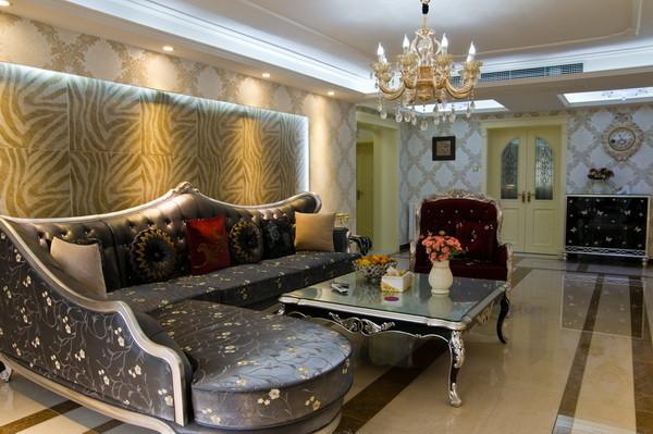 方案中整个客厅的造型虽多但并不繁琐也很好打理,沙发背景仿皮纹瓷砖的设计和布艺沙发的选择让原本线条比较生硬的空间融入了一份动态美。