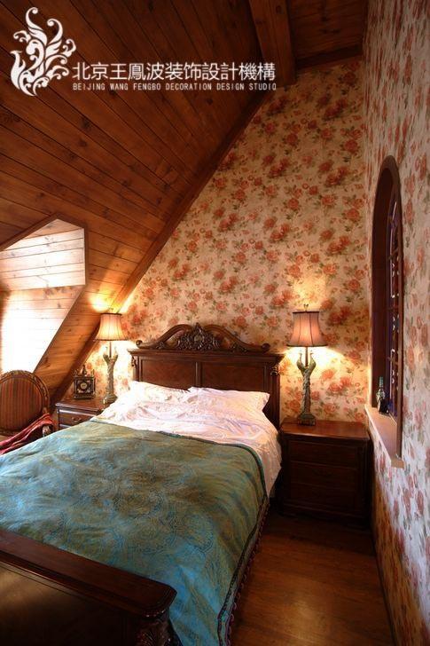 卧室朝阳,阳关照射进卧室,美不胜收。而且卧室给人一种古堡的感觉