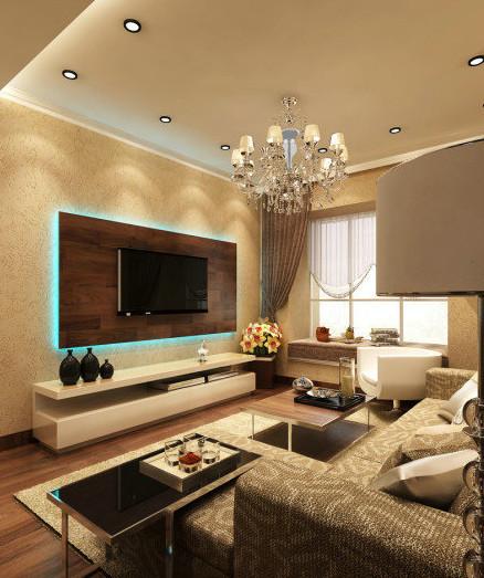 客厅色调主要是欧式的金黄色,大气奢华。空间看起来比较紧凑,但是毫无凌乱之感,反而显得空间充实富裕。