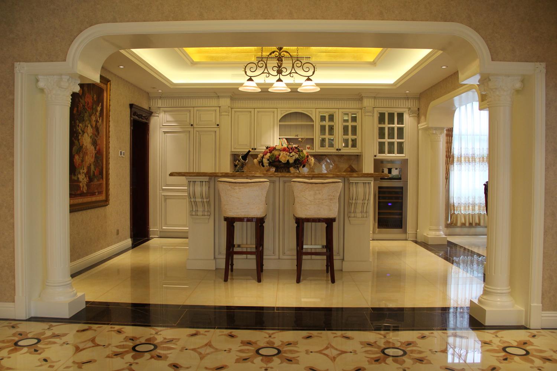 欧式 别墅 收纳 装修设计 厨房图片来自别墅装修风格在龙山新新家园装修设计案例的分享