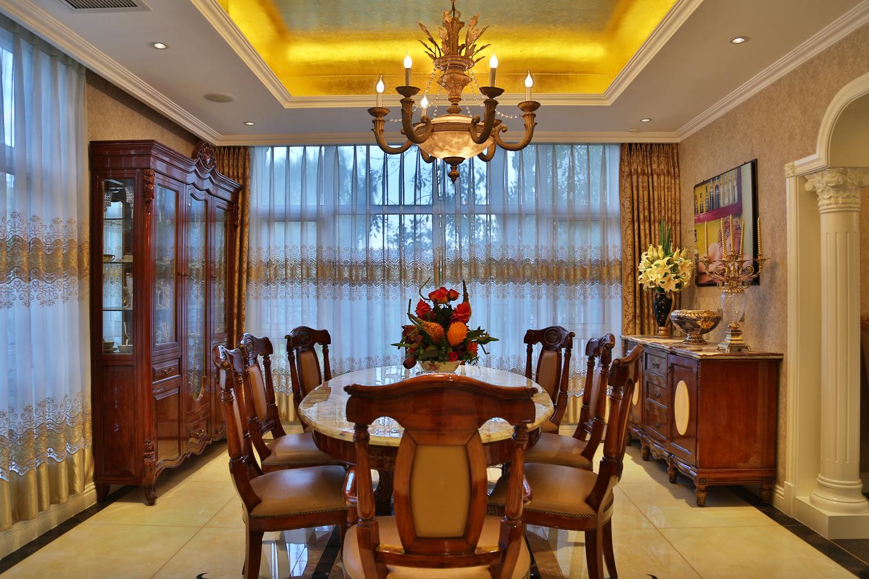 欧式 别墅 收纳 装修设计 餐厅图片来自别墅装修风格在龙山新新家园装修设计案例的分享