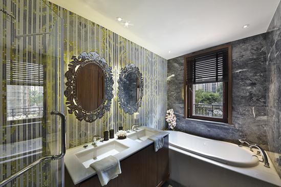 卫生间大爱呀~背景墙还有浴室柜的处理很唯美