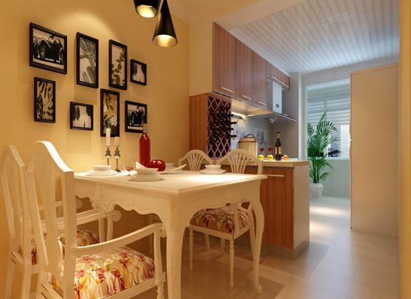 打破传统的中式厨房,是餐区和厨房狭小的空间,融为一体,更加宽敞明亮。