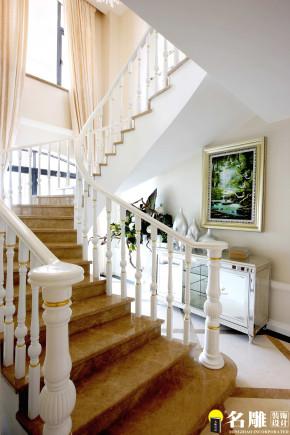 欧式 现代简欧 时尚潮流 名雕装饰 舒适 温馨 清新 别墅 楼梯图片来自名雕装饰设计在低调的华丽:潮流的现代简欧风的分享