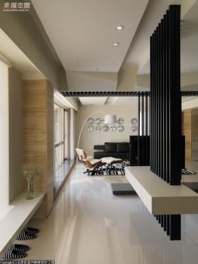 简约 木地板 白领 现代 高帅富 舒适 婚房 玄关图片来自幸福空间在198 m²洞悉前卫回归简约自然的分享