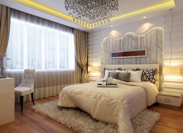 设计理念:主卧作为业主休息的空间,在色彩上运用一些暖色的配饰进行装饰。 亮点:卧室床头背景墙、再配以简单的挂画、加上暖色灯带和水晶灯将整个房间装饰成温馨浪漫大气的感觉。