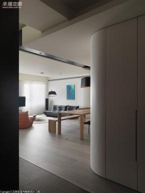 现代 简约 三居 小清新 文艺青年 玄关图片来自幸福空间在165 m²在家游嬉的分享