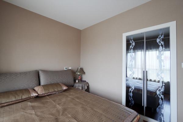 另外一个卧室,也就是次卧。