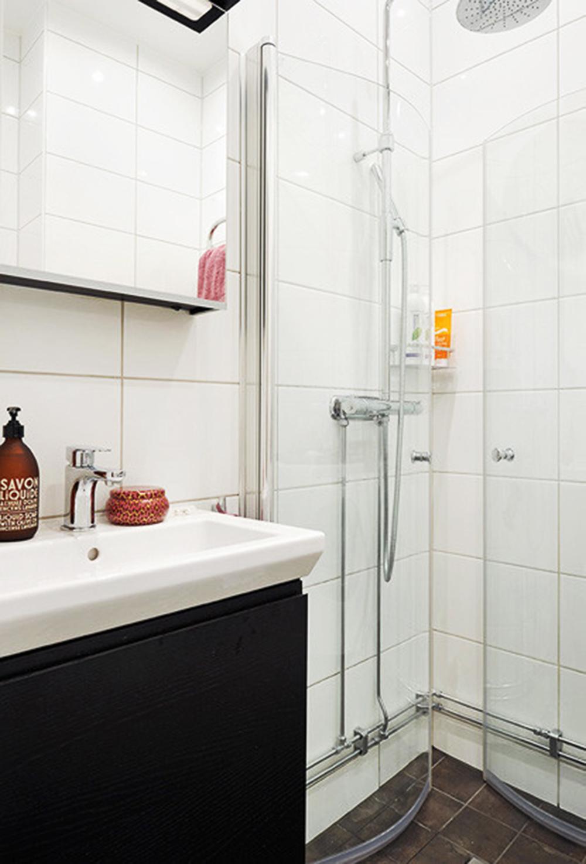 二居 小资 卫生间图片来自常秦装饰在弘建一品的分享