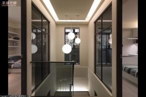 简约 现代 别墅 四居 舒适 楼梯图片来自幸福空间在237平氣質 烘托场域温度的分享