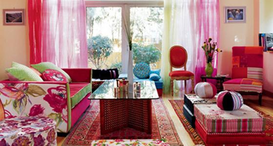 不同花色混搭出的唯美客厅,足见主人对美的把握功力。