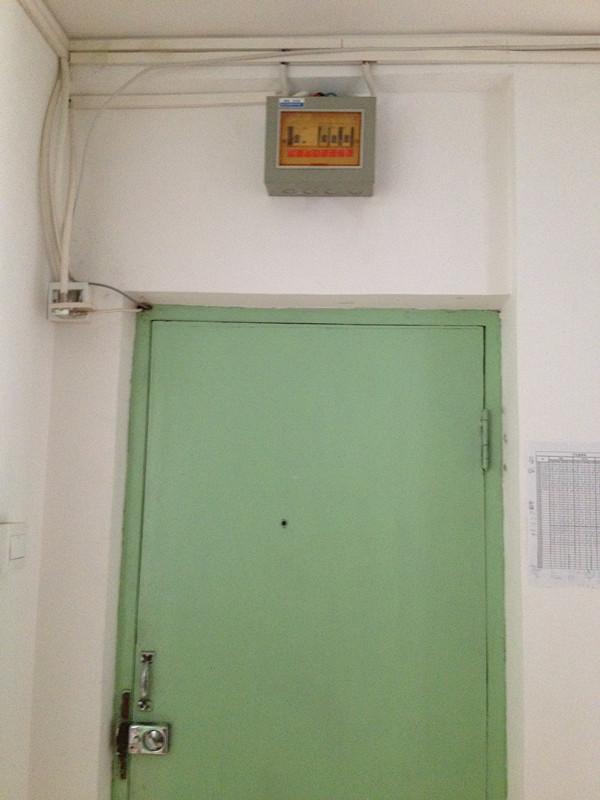 二居 现代 婚房 老房翻新 芍药居北里 玄关图片来自xushuguang1983在简洁现代86平米实景两居婚房的分享