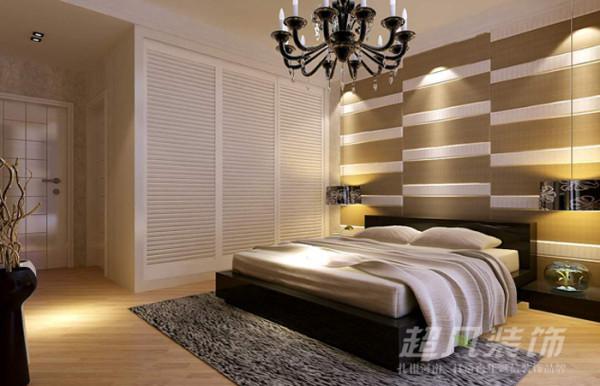 简洁大方的卧室