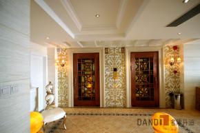 新古典 别墅 奢华温馨 古典浪漫 高富帅 名雕丹迪 名雕装饰 玄关图片来自名雕丹迪在银装素裹——巴洛克天使的分享
