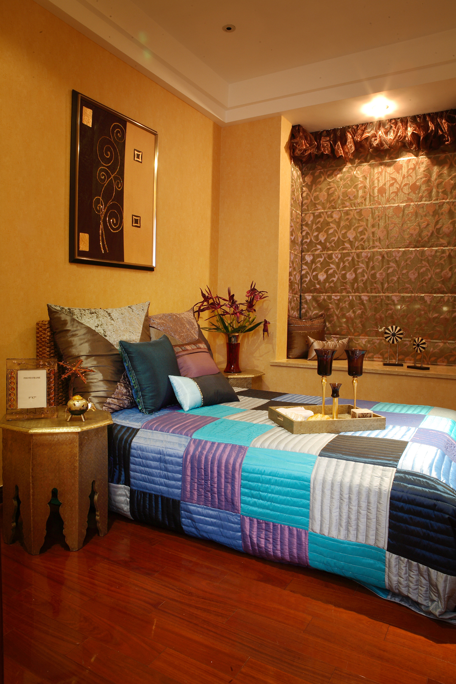 三居 东南亚 卧室图片来自今朝装饰小阳在律师和广告人的三口之家的分享