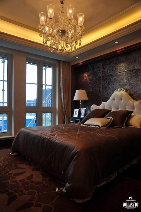 尚层别墅装饰之维科上院 新古典主义风格 , 将奢华融入生活是一个常见但不简单的设计,简单的一个创意或者轻松的一种氛围,就能把生活的气息带入奢华,将奢华融入生活。