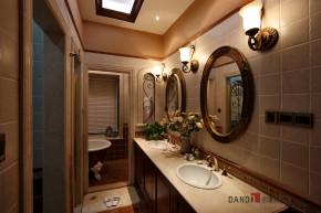 美式 别墅 高富帅 名雕丹迪 海景别墅 卫生间图片来自名雕丹迪在200平美式海景别墅,休闲圣地的分享