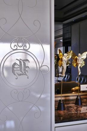 欧式 古典 高帅富 白富美 公主房 白领 混搭 其他图片来自幸福空间在234m²非纯粹的古典重新演绎的分享