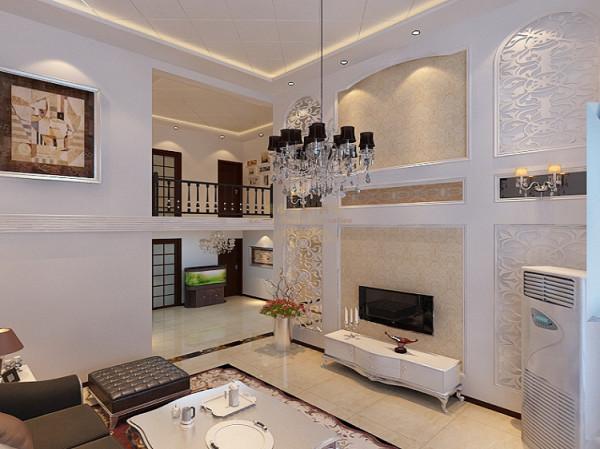 客厅浅色的墙壁显得空间的大气,粗狂的线条显得阔达,气派;绿色为客厅增添生机,地面的波打线和瓷砖的拼花和颜色的变化使得不那么呆板,反而更加温馨有韵律。