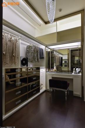 新古典 欧式 白富美 白领 三居 收纳 公主房 衣帽间图片来自幸福空间在ART DECO 大宅艺术狂想的分享