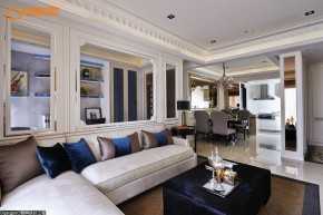 巴洛克 古典 欧式 混搭 白领 白富美 公主房 客厅图片来自幸福空间在165 m²繁复线条挥洒古典之美的分享