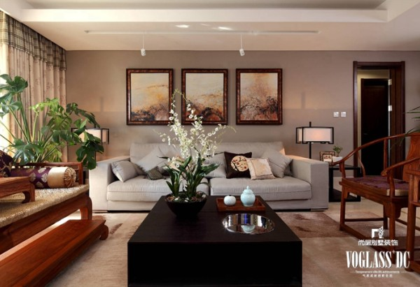 尚层别墅装饰 招商嘉铭珑原 ,中国风主要体现在传统家具(多为明清家具为主)、装饰品及黑、红为主的装饰色彩上。
