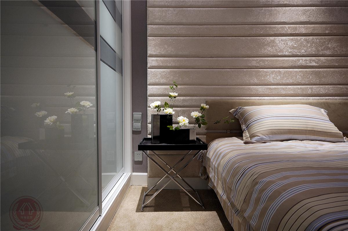 欧式 现代 古典 混搭 三居 卧室图片来自装修小管家在清芳四溢的分享