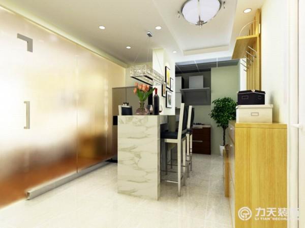 客厅餐厅巧妙的结合成一个吧台,提高效率。节省空间