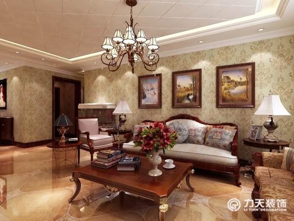 总体房型的面积较宽敞根据要求定位为欧式来营造一种温馨古朴的生活氛围