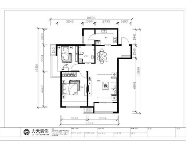 户型分析:     本户型是两厅两室一卫一厨的93.5平的户型,整体长宽比例比较小,为方形户型,客厅与餐厅之间的距离适中,客厅和厨房都有阳台,有充分的休憩空间和储物空间,通风十分便利,整体空间也十分的透亮。