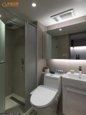 地中海 欧式 混搭 简约 小清新 小资 收纳 舒适 旧房改造 卫生间图片来自幸福空间在23 m²方米地中海蓝生活小调的分享