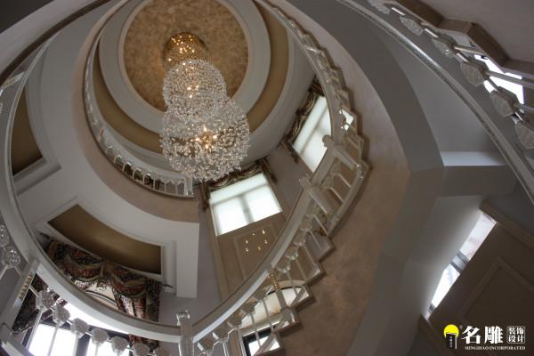 楼梯的改造和处理方式让整副楼梯成为了客厅的一大亮点之一。