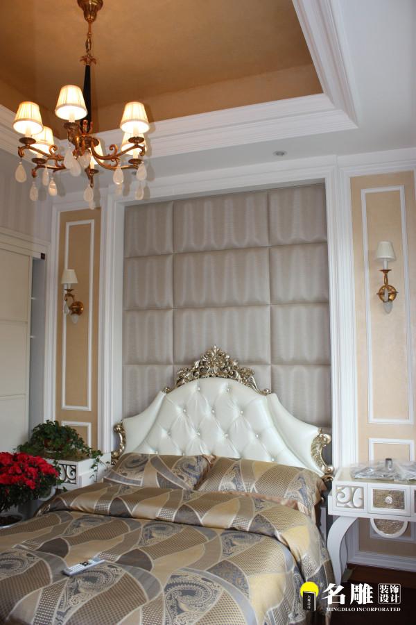 名雕装饰设计——卧室:全套银白色调优雅且华丽的家私搭配