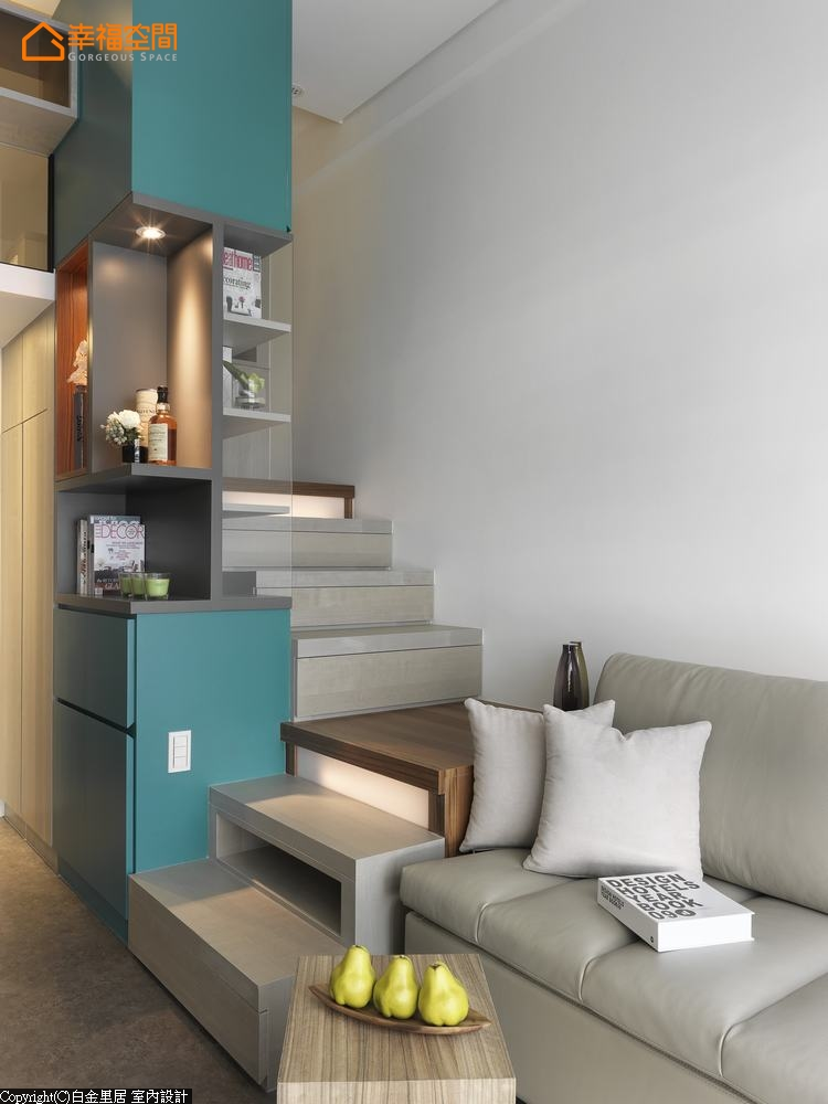 地中海 欧式 混搭 简约 小清新 小资 收纳 舒适 旧房改造 楼梯图片来自幸福空间在23 m²方米地中海蓝生活小调的分享