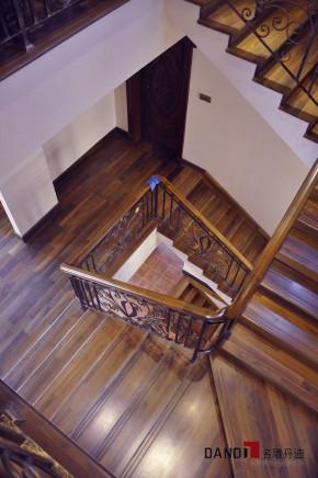 欧式 北欧 别墅 名雕丹迪 经典别墅 楼梯图片来自名雕丹迪在北欧风格—800平豪宅顶级装饰的分享