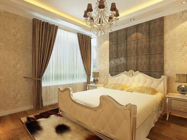 两个卧室,一个主卧,一个客卧,都设有衣柜,方便储物。