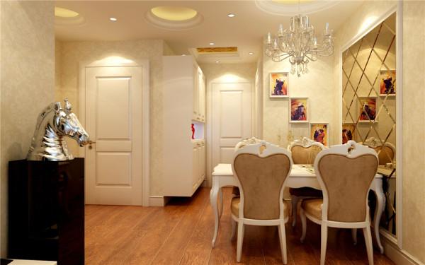 利用车边镜作为复制空间和丰富墙面的手段。原木色的地板以艺术的手段加以融合,富丽但不张扬,华贵而不庸俗。
