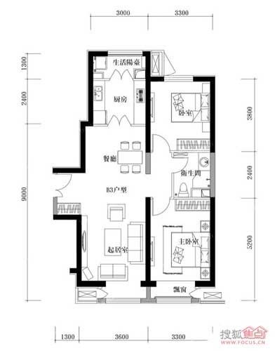 户型说明:  本案为泰达城河与海8号楼二室二厅一卫的户型,建筑面积为107.66平米,入户的左边是餐厅和厨房的位置,右边是客厅的区域,往里走中间是卫生间,卫生间两边分别是两间卧室,右边的卧室带飘窗。