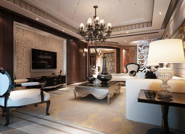 """从客厅这一溜披金戴银的欧式家具便不难看出,奢华大气的风格是他所喜爱的。这套宝辰怡景园的大平层是他在上海的第二套居所,从公寓搬到大平层,他花费了很多心思去打造他期望的""""家"""""""