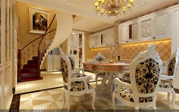 厨房做成开放是的,金色的方砖、乳白色的橱柜,干净利索;空间充分利用,餐桌就摆放在这块区域,华丽的欧式餐桌椅,增添了高贵感。
