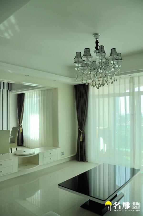 名雕装饰设计—现代风格—四居室—客厅